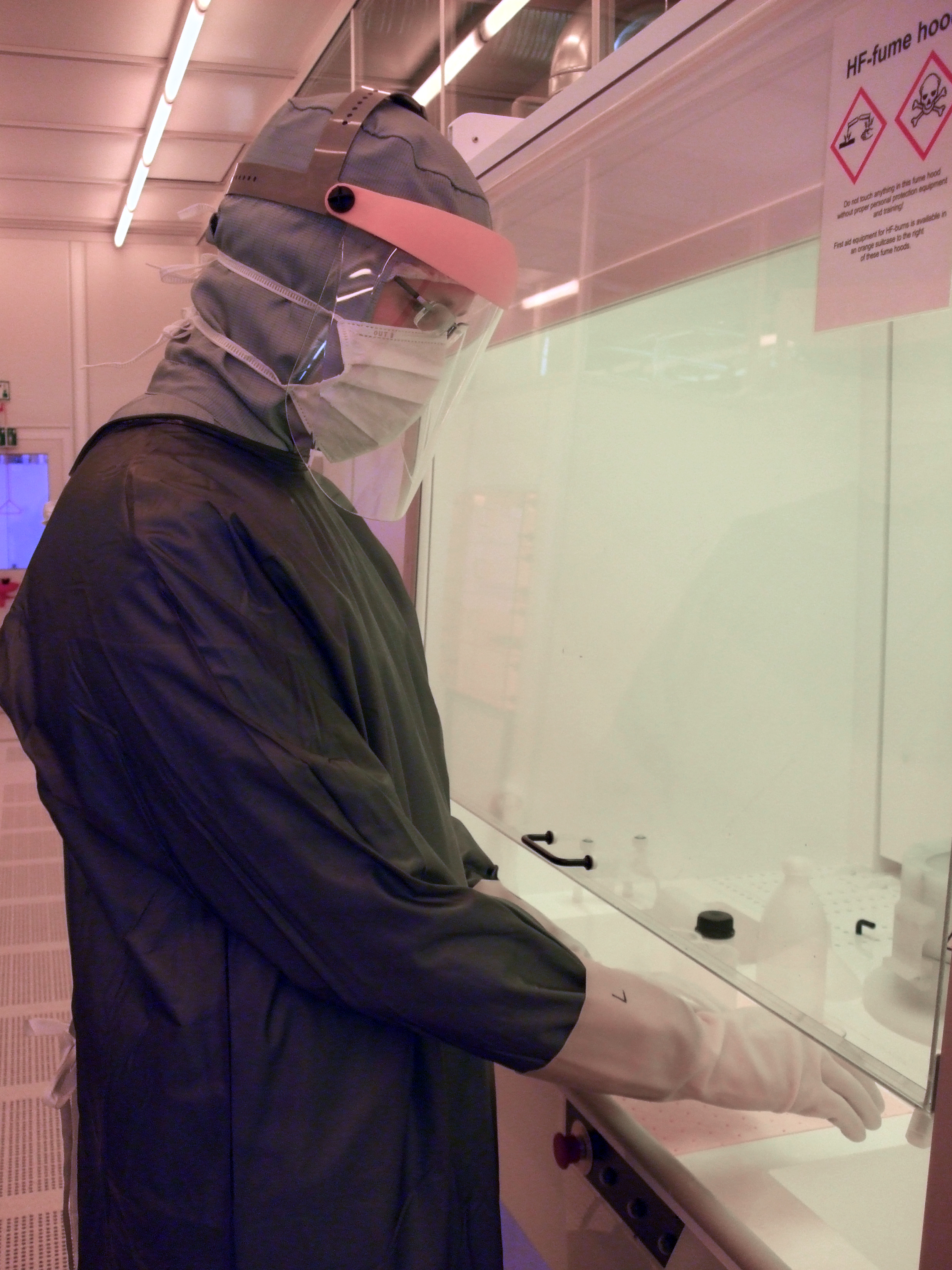 Picture of HF fume hood